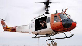 Archives : un hélicoptère des forces américaines de la Force multinationale et observateurs au Sinaï, le 29 janvier 2004