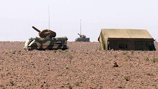 آليتان عسكريتان تابعتان للقوات المسلحة المغربية