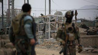 Afganistan'ın başkenti Kabil'de bir güvenlik noktasına bomba yüklü araçla intihar saldırısı düzenlendi