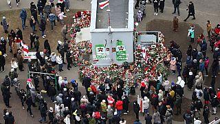 Csendes tüntetés egy belarusz ellenálló halála miatt