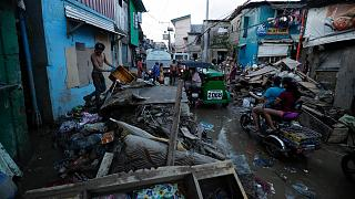 Filipinas trata de recuperar la normalidad tras el mortífero paso del tifón Vamco