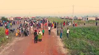Kämpfe in Äthiopien: Tausende auf der Flucht