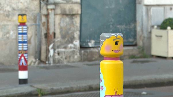 Street Art: Versailles fiatal arca