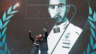 """Lewis Hamilton """"sultão"""" da Fórmula 1 ao conquistar sétimo título mundial"""