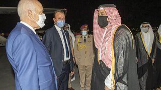 الرئيس التونسي قيس سعيّد ووزير الدفاع القطري خالد العطية