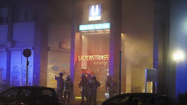 حريق في متجر داخل محطة أونكل تومس هويت في برلين