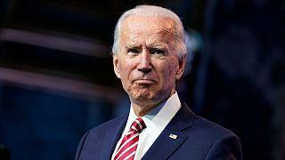 Μπάιντεν: Υπάρχει κίνδυνος να πεθάνουν ακόμη περισσότεροι Αμερικανοί από κορονοϊό - Πυρά κατά Τραμπ