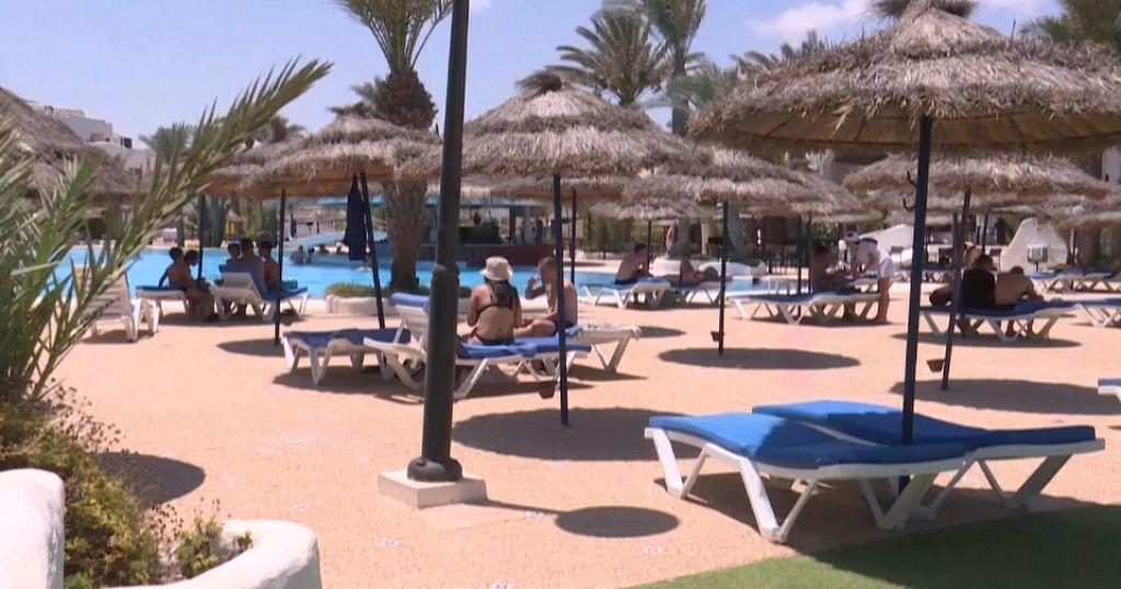 Tunisia cushions tourism sector