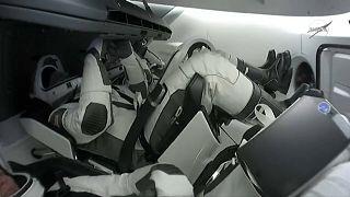 وصول رواد الفضاء إلى محطة الفضاء الدولية على متن مركبة سبايس أكس