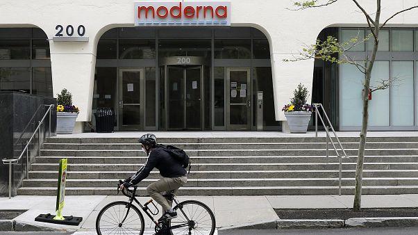 شركة موديرنا الأمريكية تقول إن لقاحها فعال بنسبة 95% ضد كوفيد-19