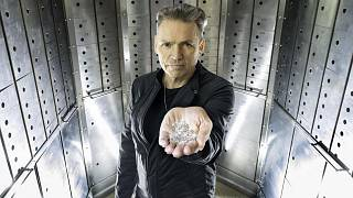 Founder of founder of Sky Diamond Dale Vince is holding the carbon-negative, laboratory-grown diamonds.