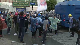 Violentas protestas en Tailandia