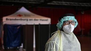 أحد المراكز المنتشرة في ألمانيا والتي يتم فيها اختبارات الإصابة بفيروس كورونا