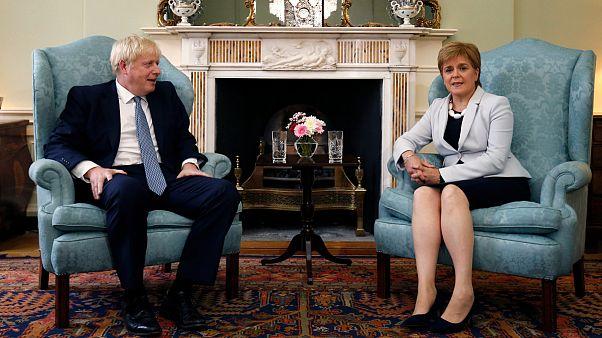 Σκωτία: Οργή για το brexit και τον κορονοϊό