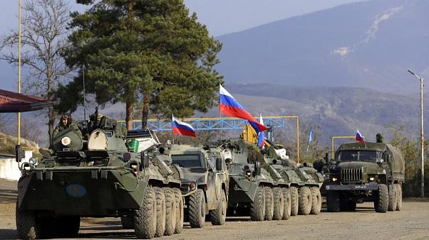 Tropas russas montam guarda em Nagorno-Karabakh