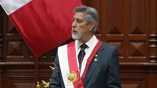 Francisco Sagasti durante su discurso de investidura