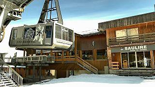 COVID-19: «Στον πάγο» ο χειμερινός τουρισμός στις Άλπεις