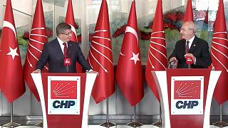 Gelecek Partisi Genel Başkanı Ahmet Davutoğlu, CHP Genel Başkanı Kemal Kılıçdaroğlu