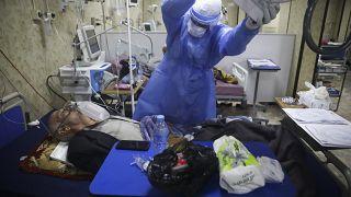 في أحد مستشفيات إدلب
