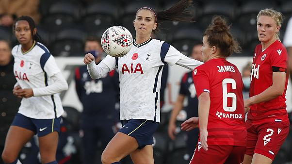 Tottenham Hotspur's Alex Morgan, center, during the English Women's Super League soccer match between Tottenham Hotspur and Reading on Nov. 7, 2020.