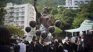 Estudantes volta à rua em Hong Kong