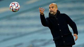 Pep Guardiola szerződést hosszabbított a Manchester Cityvel
