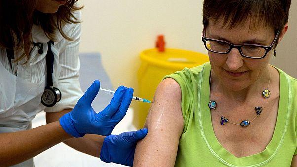 تزریق واکسن (عکس تزئینی است)