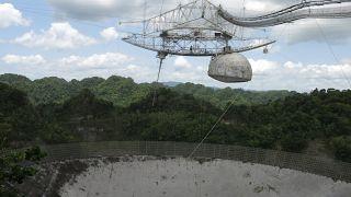 Il grande radiotelescopio di Arecibo sarà smantellato