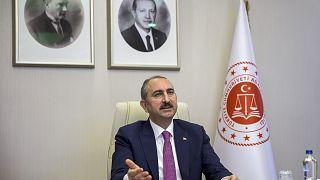 Adalet Bakanı Abdulhamit Gül, 10. Uluslararası Suç ve Ceza Film Festivali akademik açılış programına video konferans yöntemiyle katıldı.