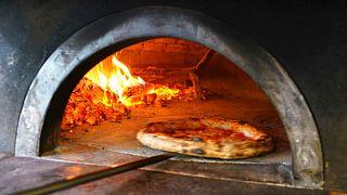 تنور پیتزا
