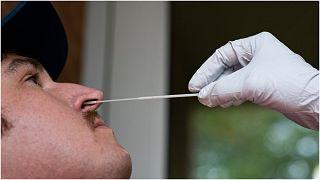 اختبار لفيروس كورونا- من الأرشيف