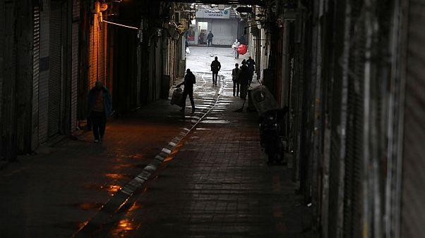 بسته شدن مغازهها در تهران در روز نخست تعطیلیهای دو هفتهای
