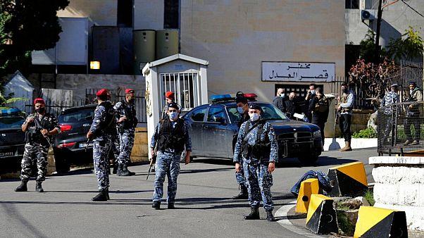 تدابیر امنیتی پس از فرار نزدیک به ۷۰ زندانی در لبنان