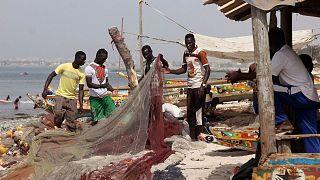 گروهی از ماهیگیران در سنگال (عکس از آرشیو)