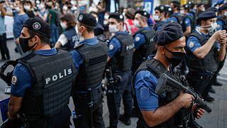 HDP İstanbul il eş başkanları dahil 16 kişi gözaltına alındı