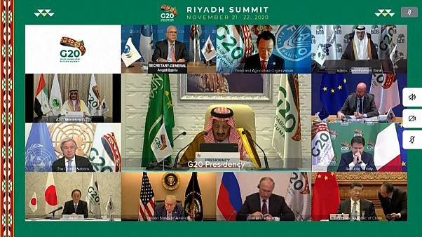 الكلمةى الافتتاحية للعاهل السعودي الملك سلمان بن عبد العزيز في قمة العشرين الافتراضية التس تحتضنها العاصمة السعودية الرياض