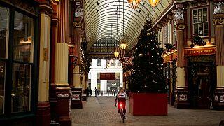 Comércio não essencial deverá poder voltar a abrir a pensar nas vendas de Natal