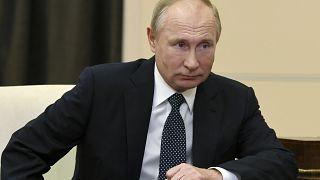 Vladimir Poutine ne reconnaît pas encore Joe Biden comme chef d'Etat américain