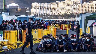 Испания решает свои миграционные проблемы в Сенегале