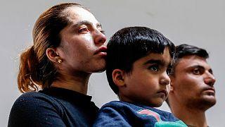 Ölen göçmen kızın ailesi