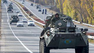 زرهپوش ارتش روسیه در ارمنستان به سوی منطقهٔ قرهباغ میرود