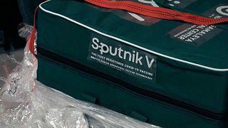 Венгерские ученые получили образцы российской вакцины