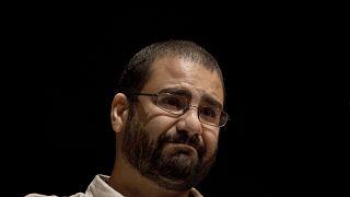 الناشط السياسي علاء عبد الفتاح خلال محاضرة في جامعة القاهرة الأميركية (أرشيف)