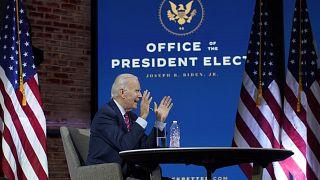 الرئيس الامريكي المنتخب جو بايدن خلال اجتماع افتراضي مع رؤساء البلديات في ولمينغتون. 2020/11/23