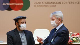 Echange lors de la conférence des donateurs à Genève
