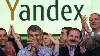 """Первое публичное размещение акций """"Яндекса"""" на бирже NASDAQ в 2011 году"""