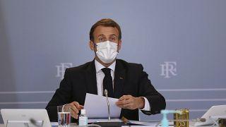 Emmanuel Macron lors d'un conseil de défense au palais de l'Elysée, à Paris, le 12 novembre 2020