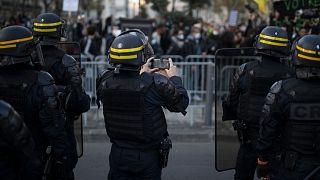 مظاهرة في مرسيليا ، جنوب فرنسا ، السبت ، 21 نوفمبر ، 2020.
