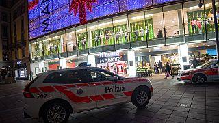 В Лугано жительница Швейцарии напала с ножом на посетителей магазина