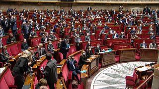 """La Camera francese approva la legge sulla """"sicurezza globale"""""""